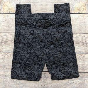 PINK Victoria's Secret lace print leggings